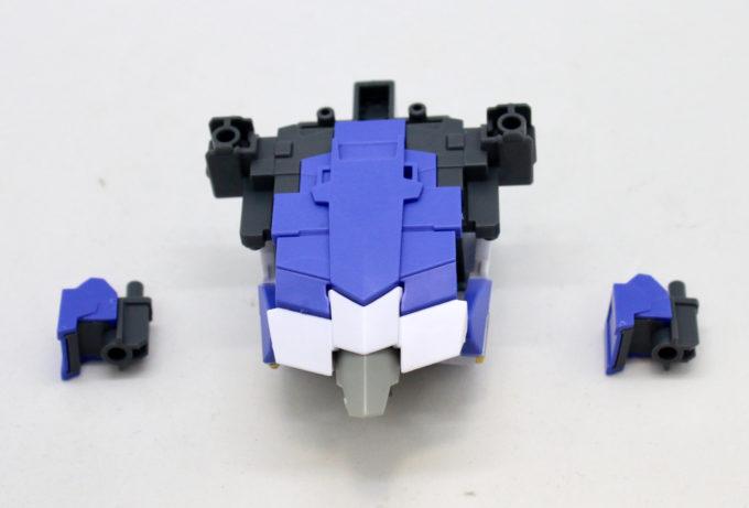 ガンダムデルタカイの変形に使う付属品の画像です