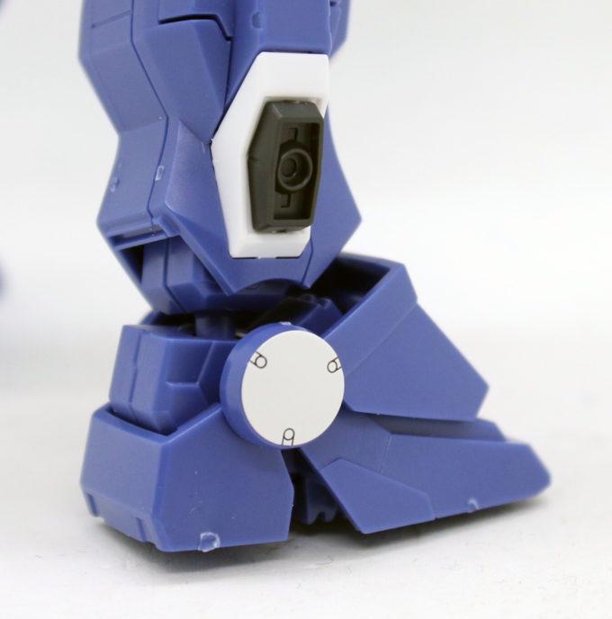 HGUCブルーディスティニー2号機EXAMのアンクルガードの画像です