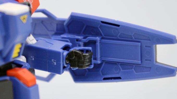 HGUCブルーディスティニー2号機EXAMのシールド裏の画像です