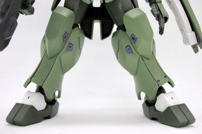 宇宙用ジャハナム(量産型)の脚の要塗装箇所の画像です