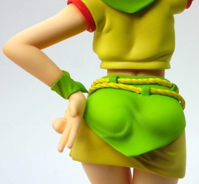 エルピー・プルのお尻と手のフィギュアレビュー画像です