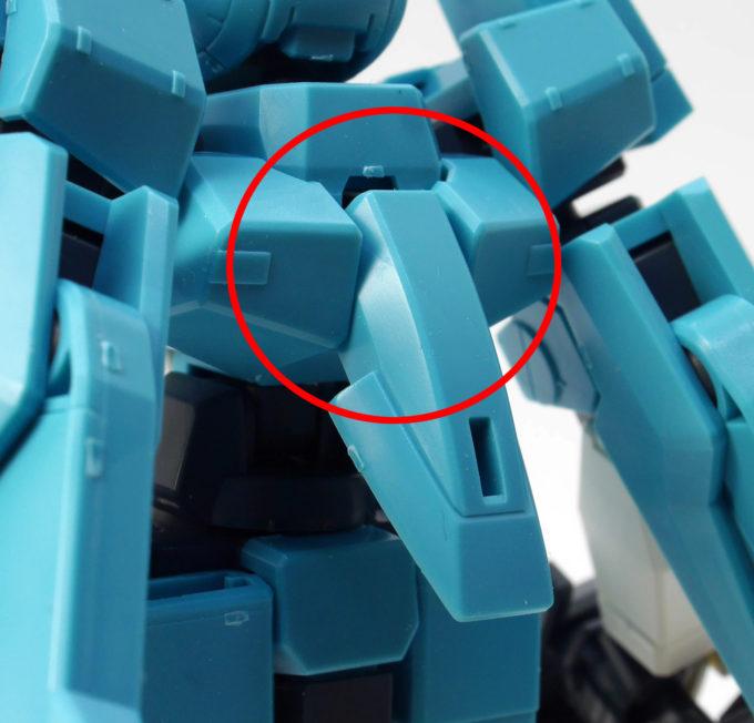HGクランシェカスタムのポロリしやすい箇所のガンプラレビュー画像です