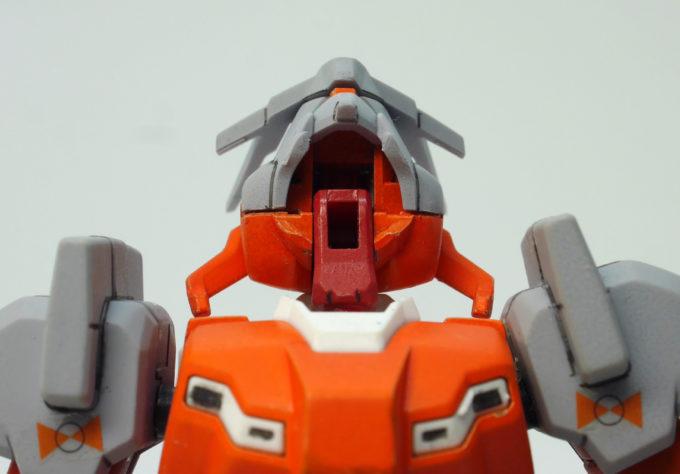 HG Gアルケインの頭部の可動域のガンプラレビュー画像です