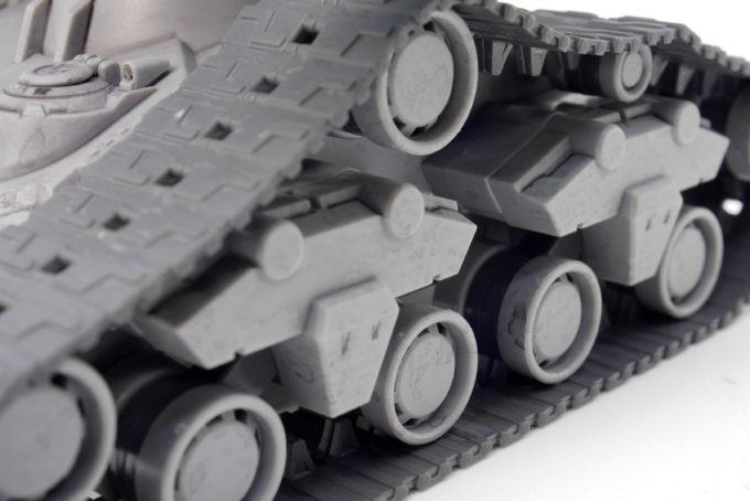 HGガンタンク最初期型の履帯のガンプラレビュー画像です