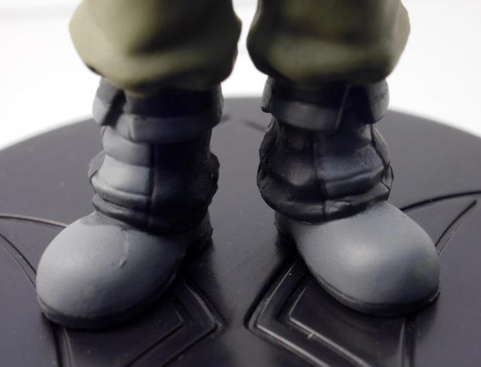 HG鉄華団の三日月・オーガスのフィギュアレビュー画像です
