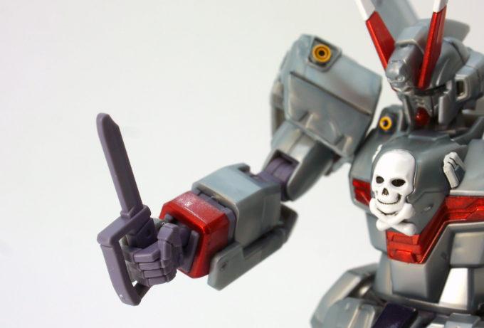 HGUCクロスボーン・ガンダムX0のヒート・ダガーのガンプラレビュー画像です