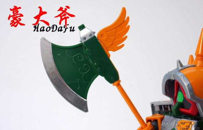 典韋アッシマーの豪大斧のガンプラレビュー画像です