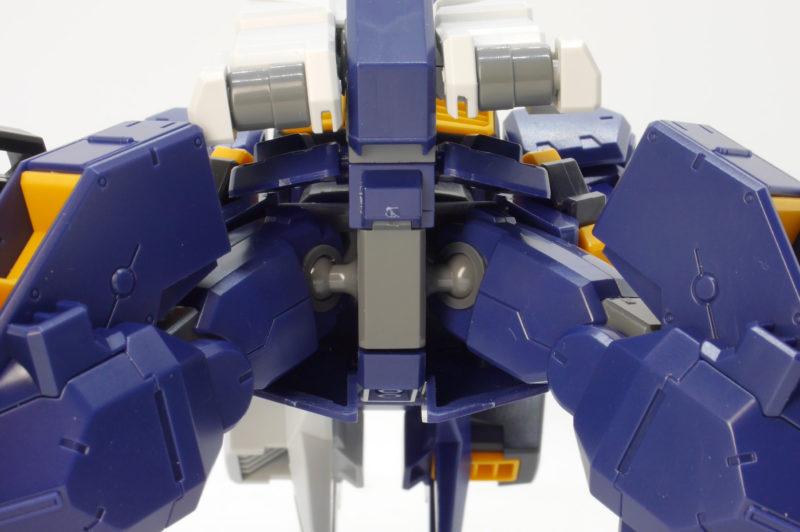 HGUCガンダムTR-1 アドバンスド・ヘイズルのガンプラレビュー画像です