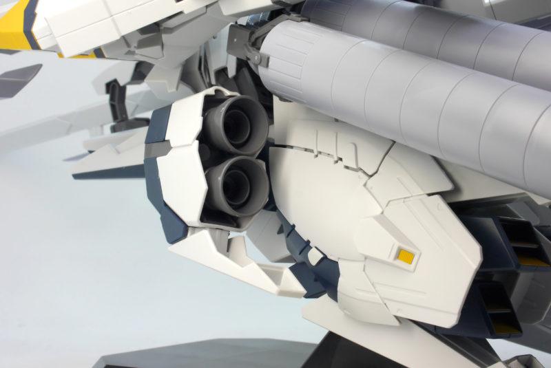 HGUCナラティブガンダムA装備のガンプラレビュー画像です