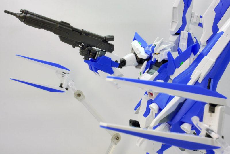HGBF Hi-νガンダムヴレイブ(ハイニューガンダムヴレイブ)のガンプラレビュー画像です