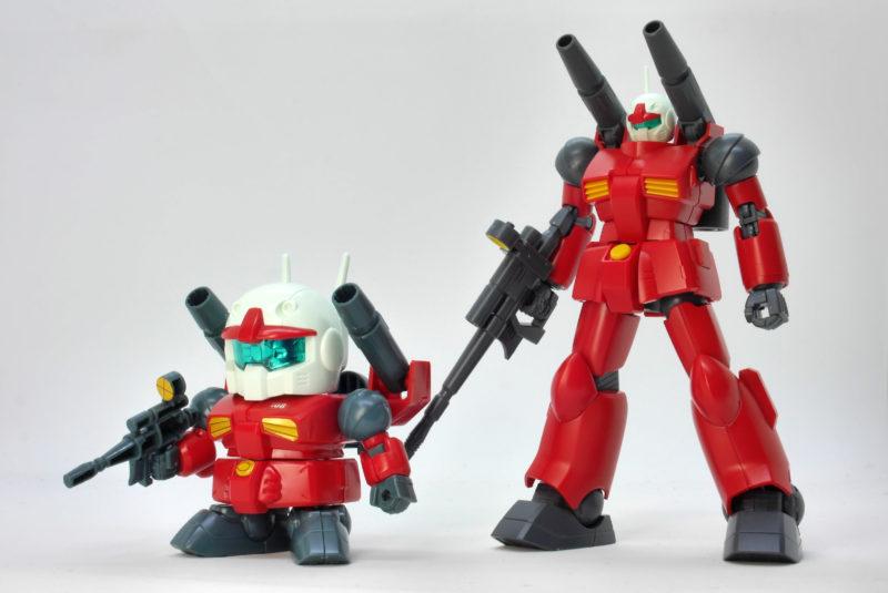 BB戦士225ガンキャノンとHGUCガンキャノンの比較ガンプラレビュー画像です