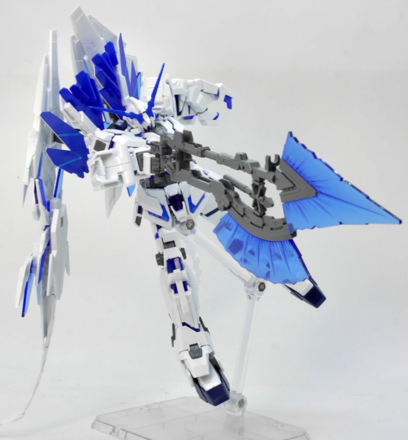 HG ガンダムベース限定 ユニコーンガンダム ペルフェクティビリティ(デストロイモード)のガンプラレビュー画像です