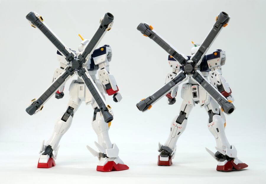 RGクロスボーン・ガンダムX1とHGUCの違い・比較ガンプラレビュー画像です