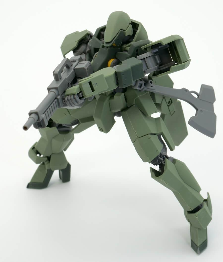 HGグレイズ(一般機/指揮官機)のガンプラレビュー画像です
