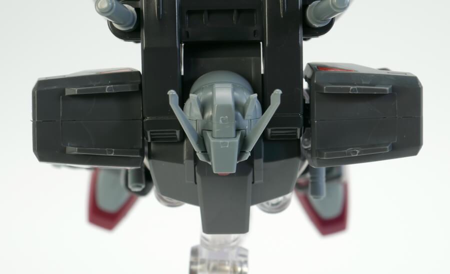 HG105スローターダガーのガンプラレビュー画像です