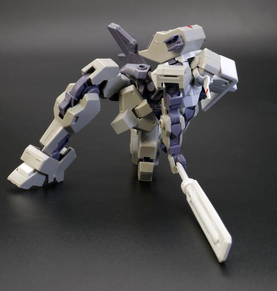 HGイオフレーム獅電改(オルガ機)のガンプラレビュー画像です