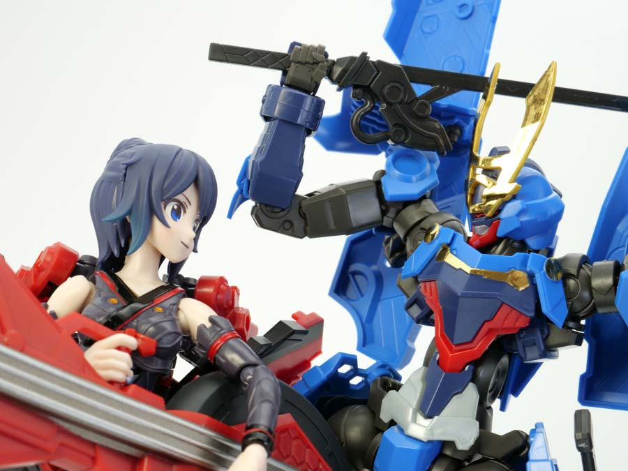 HG蒼流丸(そうりゅうまる)とTAMASHII GIRL AOIの画像です
