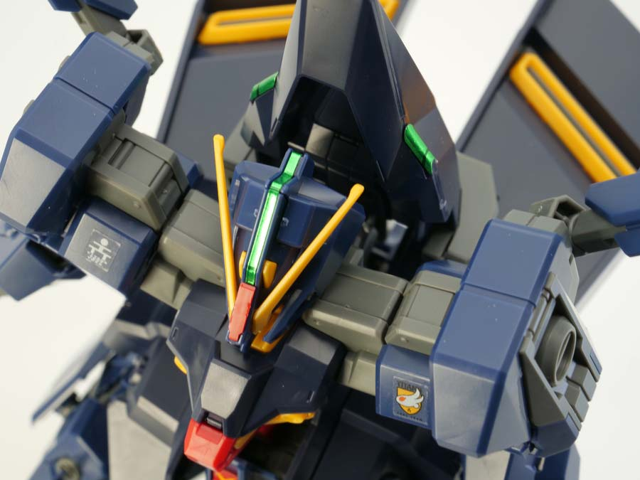 HGガンダムTR-6ハイゼンスレイIIのガンプラレビュー画像です