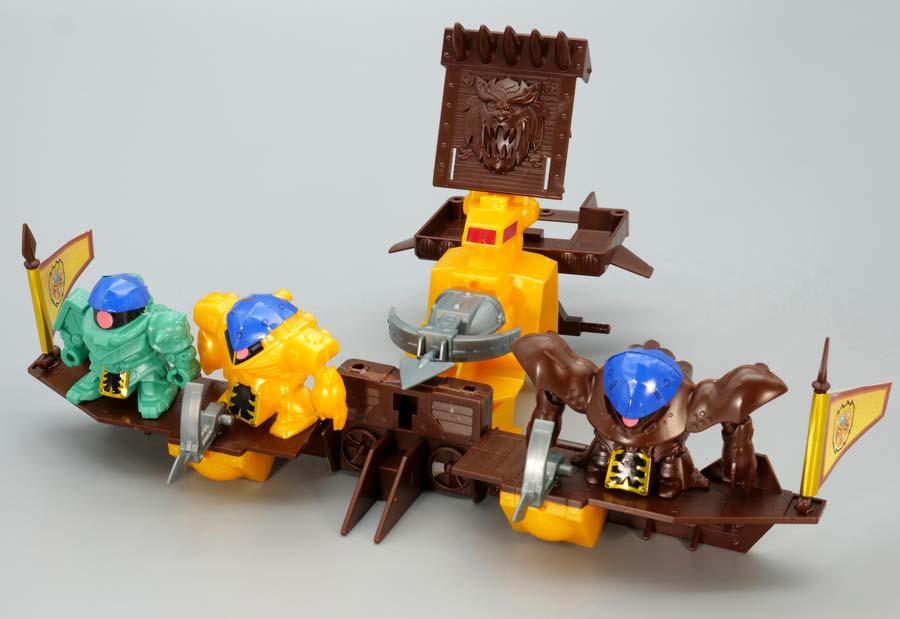 戦闘艇のガンプラレビュー画像です