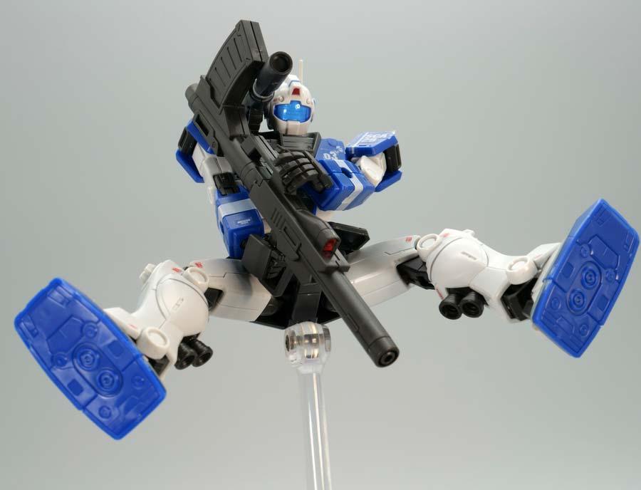 HGジム・キャノン(ロケット・バズーカ装備)のガンプラレビュー画像です