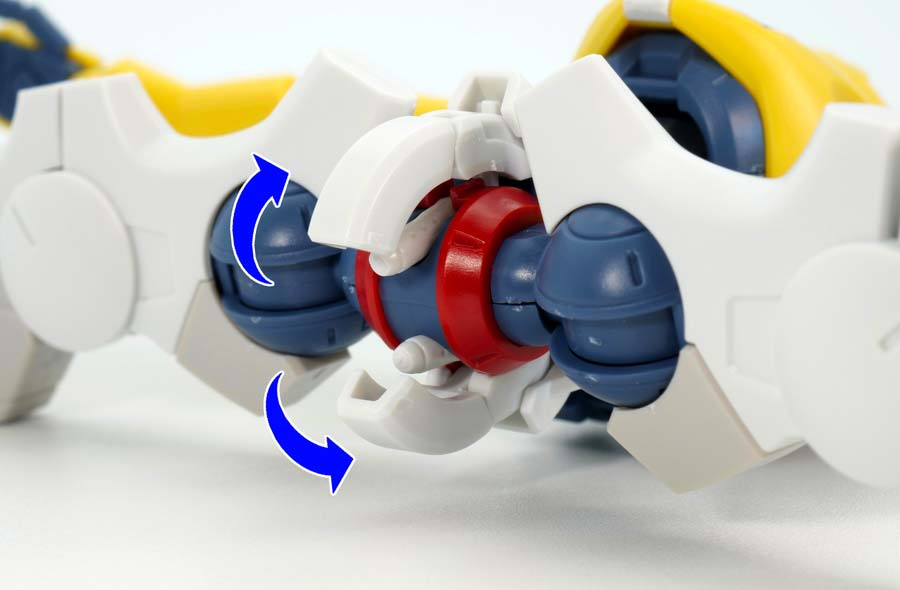 HGマックナイフ(量産機)のガンプラレビュー画像です