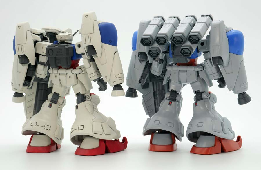 HGUCガンダム試作2号機とMLRS仕様の違い・比較ガンプラレビュー画像です
