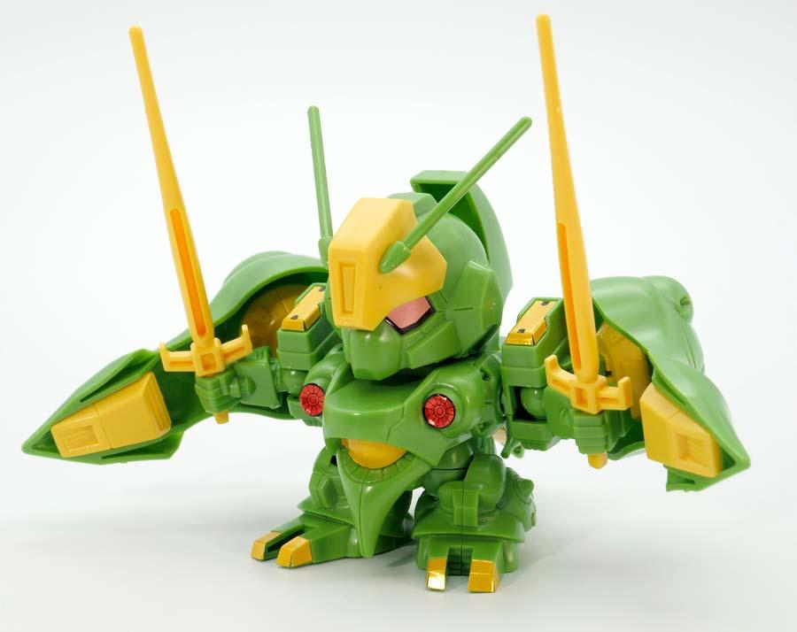 BB戦士 クィン・マンサのガンプラレビュー画像です