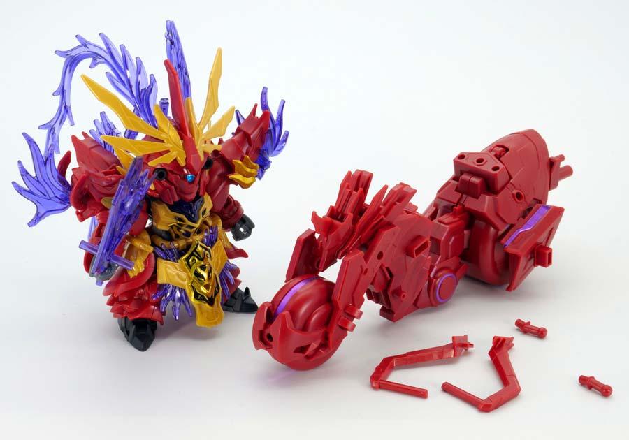 呂布シナンジュ&赤兎馬のガンプラレビュー画像です