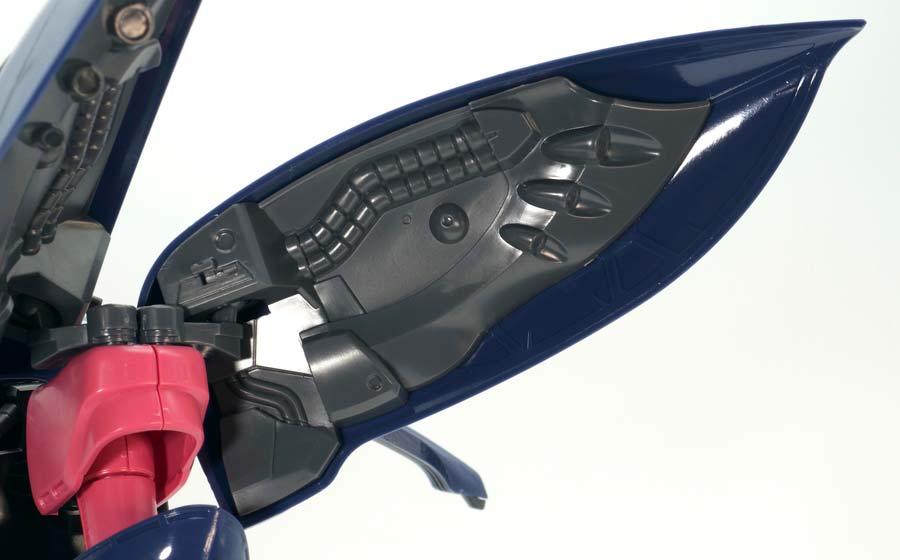 MGキュベレイMk-II(エルピー・プル専用機)のガンプラレビュー画像です