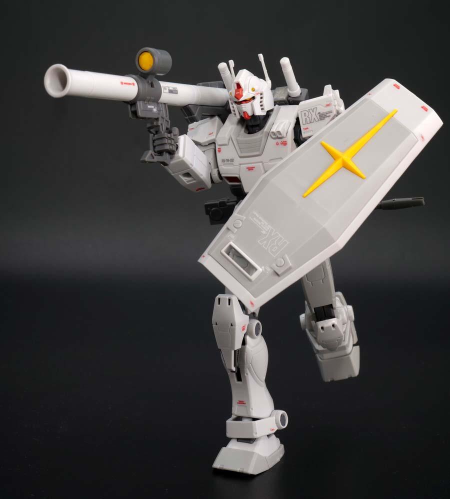 HG RX-78-02 ガンダム ロールアウトカラーのガンプラレビュー画像です
