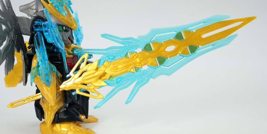 天覇曹操ウイングガンダムのガンプラレビュー画像です