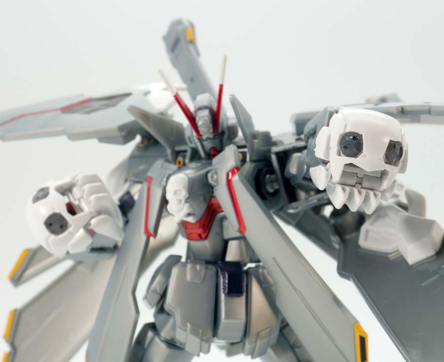 HGクロスボーン・ガンダムX-0フルクロスのガンプラレビュー画像です