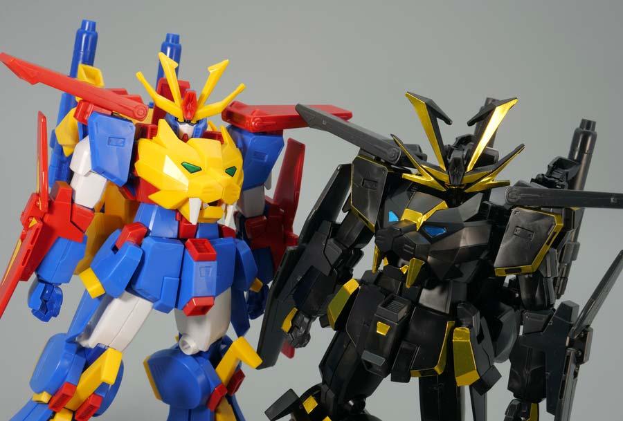 HGBFガンダムトライオン3とドライオンIIIの比較ガンプラレビュー画像です