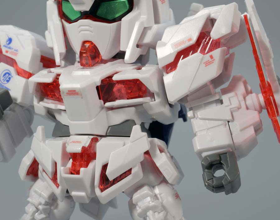 BB戦士ユニコーンガンダムのガンプラレビュー画像です