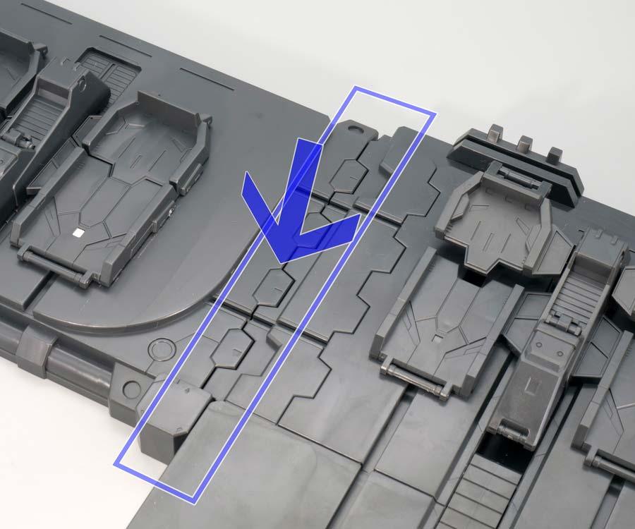MGガンダムMk-II Ver.2.0とゼータガンダムVer.2.0のディスプレイ台座のガンプラレビュー画像です