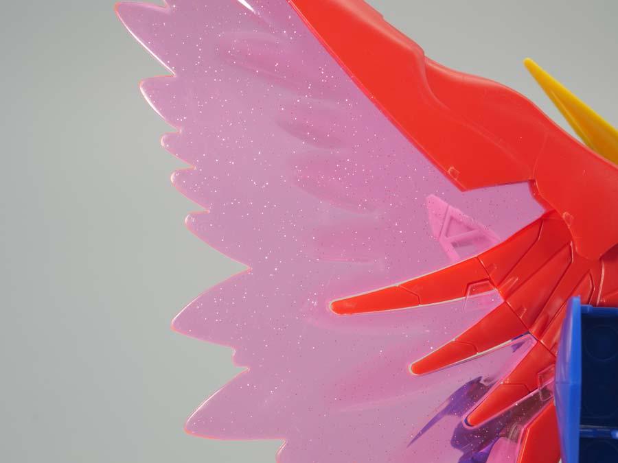 BB戦士デスティニーガンダムのガンプラレビュー画像です