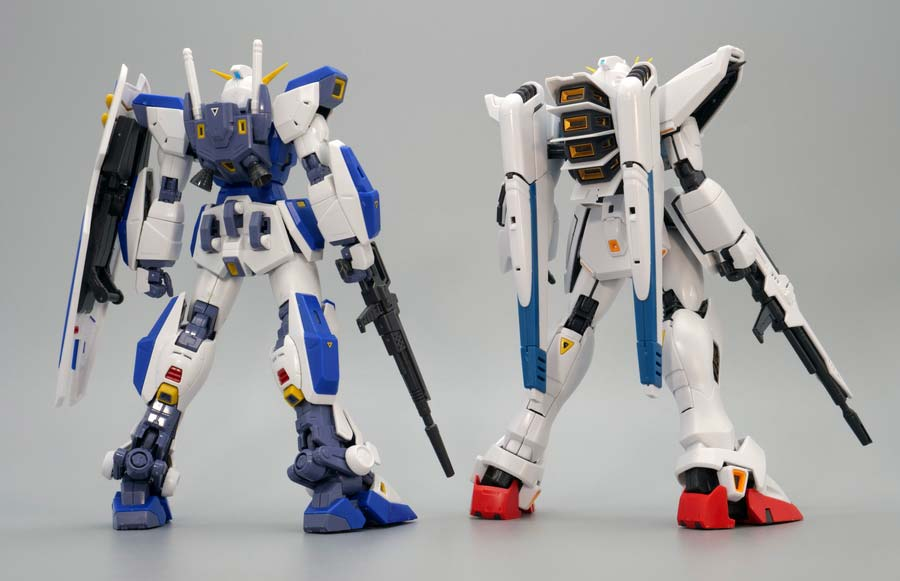 MGガンダムF90とF91 Ver.2.0の比較ガンプラレビュー画像です
