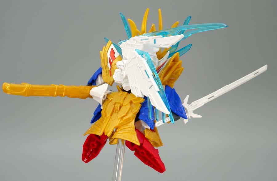 SDWヒーローズ 曹操ウイングガンダム倚聖の装のガンプラレビュー画像です